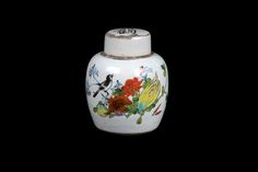 Description A small Chinese porcelain jar & cylindrical cover. Decorated on one side in bright colours with a small bird perched amongst flowers & fruit, & on the other with a short text, the cover with an inscription 'Lu & Shou' in Caligraphy, the base marked.  Date Early 20th century  www.collectorstrade.de