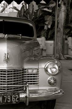 1941 Cadillac Fleetwood Series Sixty Special Touring Sedan