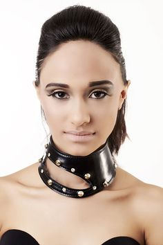 BDSM Collar, PVC choker, leather BDSM discreet day collar, studded Collar, black leather choker with clear pvc insert Leather Corset Belt, Black Leather Choker, Leather Choker Necklace, Leather Collar, Leather Jewelry, Leather Handcuffs, Goth Glam, Leather Catsuit, Studded Collar