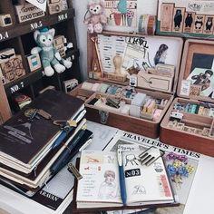 "Polubienia: 1,139, komentarze: 27 – M0mO (@momolovespaper) na Instagramie: ""Midori passport size travelers notebook welcome to the family ☺️"""