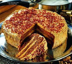 Karamelltorta Hungarian Cake, Hungarian Recipes, Cupcake Recipes, Cookie Recipes, Dessert Recipes, Delicious Dinner Recipes, Yummy Food, Salty Snacks, Cakes And More