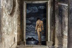 Street Art#Il museo spontaneo e a cielo aperto della street art a Napoli si arricchisce di nuove opere di Žilda. Questa volta l'artista francese ha scelto di portare la sua arte all'interno di spazi inediti, in uno dei palazzi più affascinati del centro antico di Napoli, Palazzo San Felice (via Sanità, 6), edificato tra il 1724 e il 1726 dall'architetto Fernando Sanfelice e nell'ex carcere minorile Filangieri (ora Scugnizzo Liberato) a Salita Pontecorvo.