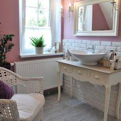 Znalezione obrazy dla zapytania łazienka prowansalska meble