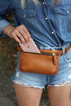 This bag is READY TO SHIP  please allow 1-2 days for shipping  This chic Leather Belt Bag, Brown Leather Belt, Leather Handbags, Leather Fanny Pack, Waist Purse, Hip Bag, Leather Projects, Leather Working, Purses And Bags