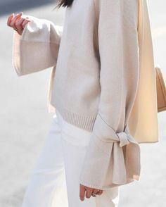 Bow Sleeves!