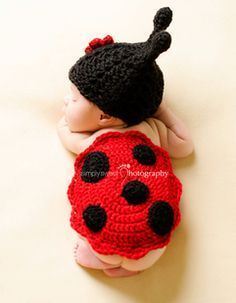 Zonegear Baby Photo Prop Outfit Newborn Knit Crochet Photopraphy Ladybug Clothes Flower *** Check this awesome product by going to the link at the image. Crochet Baby Sweaters, Crochet Clothes, Baby Knitting, Crochet Bolero, Knit Crochet, Crochet Hats, Knitted Hat, Hand Crochet, Crochet Beanie