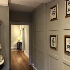 Farrow & Ball - Old White Farrow Ball, Small Entryways, Small Hallways, Hallway Decorating, Entryway Decor, Home Sitting, Skimming Stone, White Hallway, Narrow Entryway