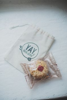 Love these favor bags. // YAY ever after.
