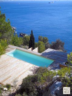 Couloir de nage à Marseille                                                                                                                                                                                 Plus