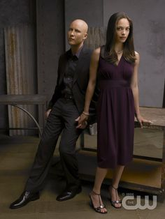 Smallville Seasons I only watched for Lex/Lana, then quit when the storyline messed up. Lex Luthor Smallville, Lana Lang Smallville, Michael Rosenbaum, Kristen Kreuk, 1950s Hairstyles, Tom Welling, Dc Comics Characters, Clark Kent, Bridesmaid Dresses