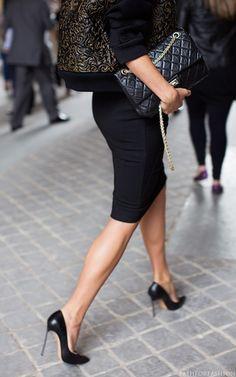 High Heels, pencil skirt, a must