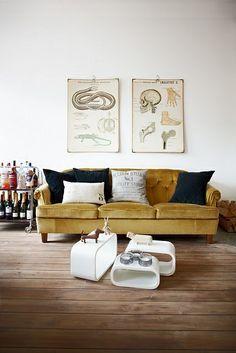mes caprices belges: decoración , interiorismo y restauración de muebles: SOFÁS : EN MOSTAZA / SOFAS: MUSTARD