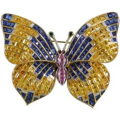 Preowned 1970s Illario Sapphire Diamond Gold Butterfly Tremblant... (48,635 CAD) ❤ liked on Polyvore featuring jewelry, brooches, blue, 18 karat gold jewelry, sapphire jewelry, 18k gold jewelry, diamond jewelry and blue gold jewelry