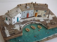 Kirsty Elson on - Lisa Barnes - Free Driftwood Projects, Driftwood Art, Beach Crafts, Home Crafts, Ceramic Houses, Wooden Houses, Deco Design, Miniature Houses, Wooden Crafts