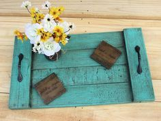 Projects Pallet * This item is already made and ready to ship upon purchase! This is a hand made pallet tray measuring The tray has been hand - Pallet Crafts, Diy Pallet Projects, Diy Projects To Try, Wood Crafts, Woodworking Projects, Craft Projects, Diy Crafts, Pallet Ideas, Recycled Pallets