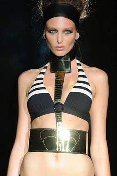 moda egipcia 2003 - Buscar con Google                                                                                                                                                      Mais