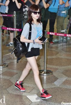 SNSD Sunny airport fashion june 2014