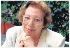 """Victoria Sau fue Licenciada en Psicología y en Historia Contemporánea y profesora de Psicología Diferencial en la Universidad de Barcelona. A partir de la psicología y la antropología afirma el carácter histórico, político y cultural del """"ser mujer"""""""