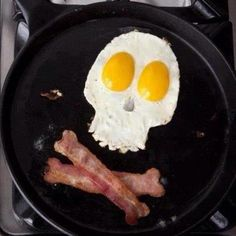 Bacon and eggs skull and crossbones - Black Beard's breakfast!