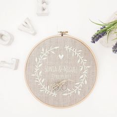 34 ideas embroidery pillow diy wedding gifts for 2019 Wedding Pillows, Ring Pillow Wedding, Christmas Embroidery Patterns, Hand Embroidery Designs, Wedding Boxes, Wedding Cards, Ring Holder Wedding, Wedding Rings, Pillow Embroidery
