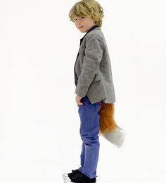 Fantastic Fox dress up tail, coming to Wigwam this week! World Book Day Costumes, Book Week Costume, Literary Characters, Book Characters, Roald Dahl Costumes, Junk Modelling, World Book Day Ideas, Fantastic Fox, Fox Kids