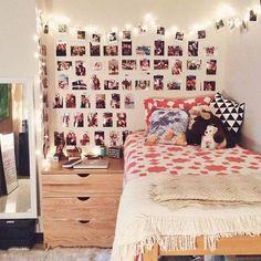 """Living in Penn State dorm rooms (especially if it's your first time) is not only exciting, but can also make you slightly homesick. Like many schools, it is difficult at first adjusting to an unfamiliar new """"home."""" These amazing Penn State dorm rooms are..."""