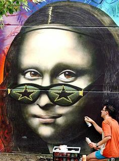MONNALISA POP This is Art, not Mine nor yours, but It deserves to be seen.Share it. Graffiti Art, Street Art Graffiti, Tachisme, Best Street Art, Amazing Street Art, Pop Art, Mona Lisa Parody, Monalisa, Italian Artist
