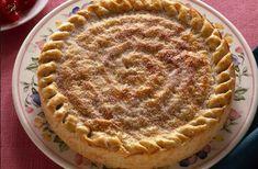 E' deliziosa la crostata ripiena con crema pasticcera e frutta, una ricetta facile e veloce da eseguire, davvero un dolce che sapranno fare tutti