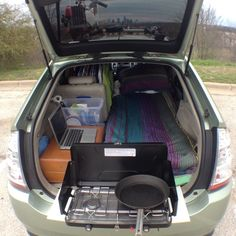 To cultivate a bit of financial freedom and exercise some creativity, this resourceful young man decides to modify his Toyota Prius into what he calls a \u0022small efficiency apartment.\u0022