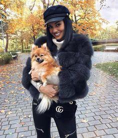 Luxurious 100% Genuine Thick Fox Fur Jacket Autumn Fashion 2018, Fall Fashion Trends, Winter Fashion Outfits, Chic Outfits, Trendy Outfits, Boho Fashion, Winter Outfits, Fashion Looks, Fox Fur Jacket