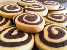 Cookie Recipes, Dessert Recipes, Desserts, French Apple Cake, Kinds Of Cookies, Pan Dulce, Pastry Shop, Sweet Cakes, Chocolate Cookies