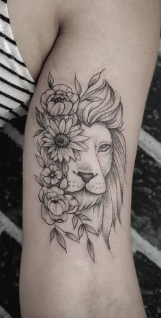 Hand Tattoos, Leo Lion Tattoos, Female Lion Tattoo, Animal Tattoos, Rose Tattoos, Flower Tattoos, Body Art Tattoos, Arm Tattoo, Starlight Tattoo