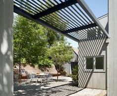 narrow pergola modern side of house - Google Search