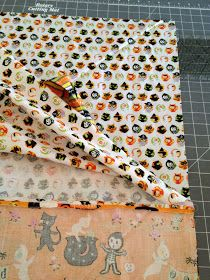 Trick or Treat Bag Tutorial Diy Halloween Trick Or Treat Bags, Halloween Bags, Sewing Crafts, Sewing Projects, Diy Projects, Happy Fall Y'all, Easy Quilts, Bag Making, Paper Dolls