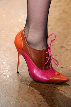 Pink & Orange - Shoe LOVE these