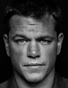 matt damon portrait black and white - - Yahoo Image Search Results Famous Men, Famous Faces, Famous People, Portrait Studio, Cinema Tv, Kino Film, Matt Damon, Celebrity Portraits, Famous Portraits