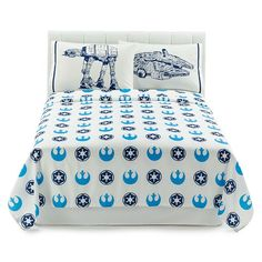Give him epic everyday style with these Star Wars sheets. #ForceOfFamily