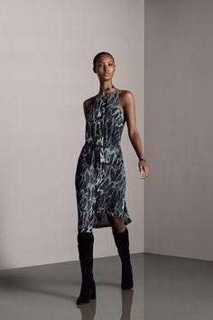 See the complete Halston Heritage Pre-Fall 2015 collection.