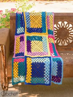 Crochet Patterns - A crochet version on the quilted log cabin pattern. Each square is made of five different colors of yarn. Measures x and requires 10 different colors of worsted-weight yarn. Crochet Sampler Afghan Pattern, Crochet Afghans, Crochet Blankets, Book Holders, Book Crafts, Summertime, Crafty, Quilts, Knitting