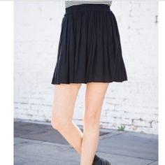 Brandy Melville navy heather skirt Never worn, like new. One size Brandy Melville Skirts Circle & Skater