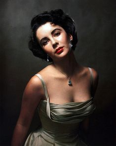 possibly the most beautiful portrait of all time. elizabeth taylor by philippe halsman