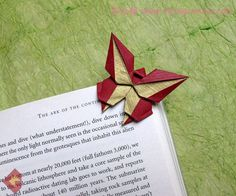 origami bookmark I just love origami...