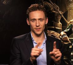 (gif) Those eyes <3<- What kind of daze are you trying to put me in Tom?!?!