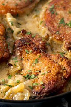 15 Old-School Dinner Recipes - Best Vintage Dinners. Shown: Smothered Pork Chops. Pork Chop Recipes, Meat Recipes, Casserole Recipes, Chicken Recipes, Cooking Recipes, Recipies, Stuffing Recipes, Rice Casserole, Old Recipes