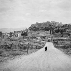 Robert McCabe Athens, The Agora and the Acropolis from Observatory Road. Athens Acropolis, Athens Greece, Porches, Greece Pictures, Fade To Black, Photojournalism, Historical Photos, Old Photos, Vintage Photos