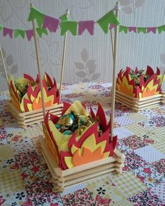 step by step and 35 ideas - Birthday FM : Home of Birtday Inspirations, Wishes, DIY, Music & Ideas Popsicle Stick Crafts, Popsicle Sticks, Craft Stick Crafts, Diy And Crafts, Crafts For Kids, Paper Crafts, Party Decoration, Ideas Para Fiestas, Popsicles