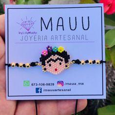 Beaded Earrings, Beaded Bracelets, Pony Bead Crafts, Small Cross Stitch, Diy Bracelets Easy, Peyote Patterns, Origami Art, Bead Jewellery, Pony Beads