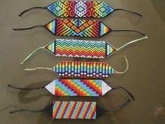pulseras en mostacilla checa, arte indígena manillas