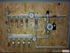 Pex Plumbing, Heating And Plumbing, Plumbing Emergency, Bathroom Plans, Plumbing Problems, Pellet Stove, Diy Cnc, Insulation Materials, Underfloor Heating