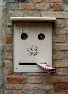 Faces in places: Post Box in Venice